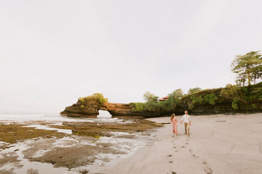 Bali Elopement Photographer Wedding Honeymoon Photoshoot Bali Uluwatu Indonesia Couple