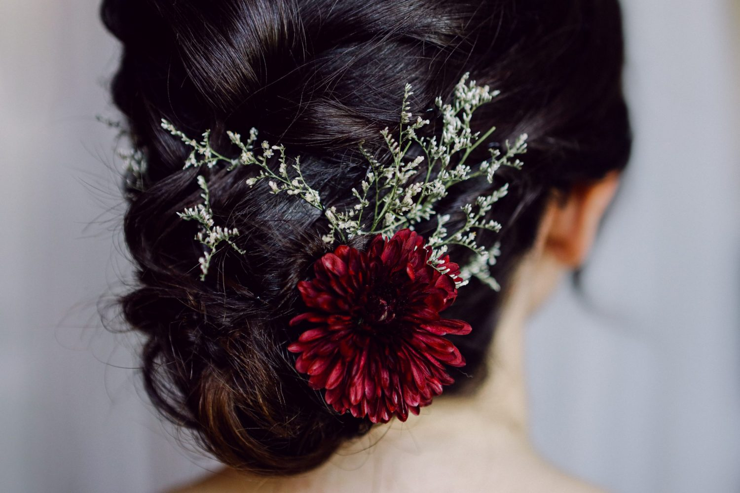Bridal Hairstyle red flower Italy Wedding Fine Art Photographer