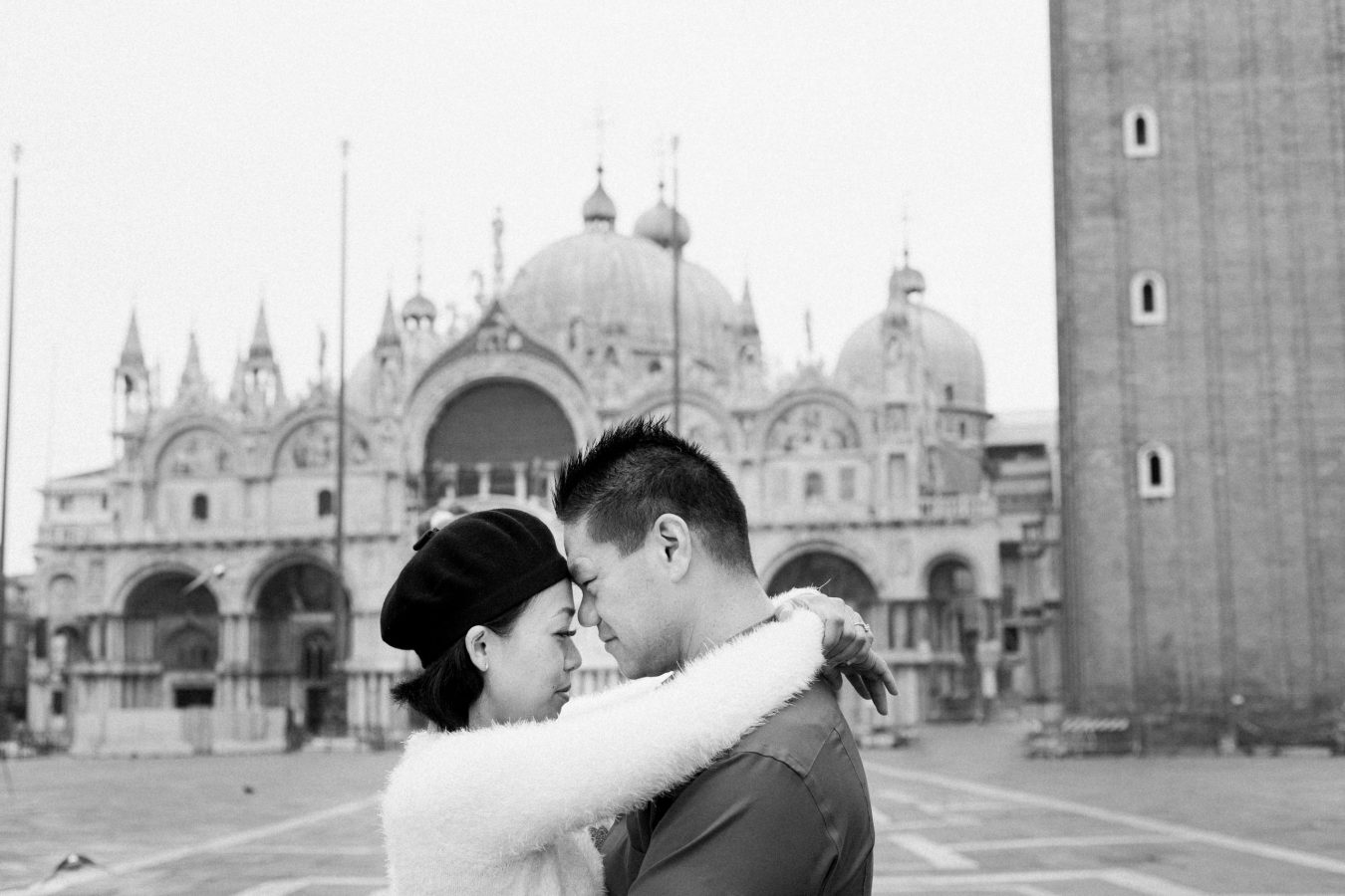 November in Venice Honeymoon photographer in Venice Italy