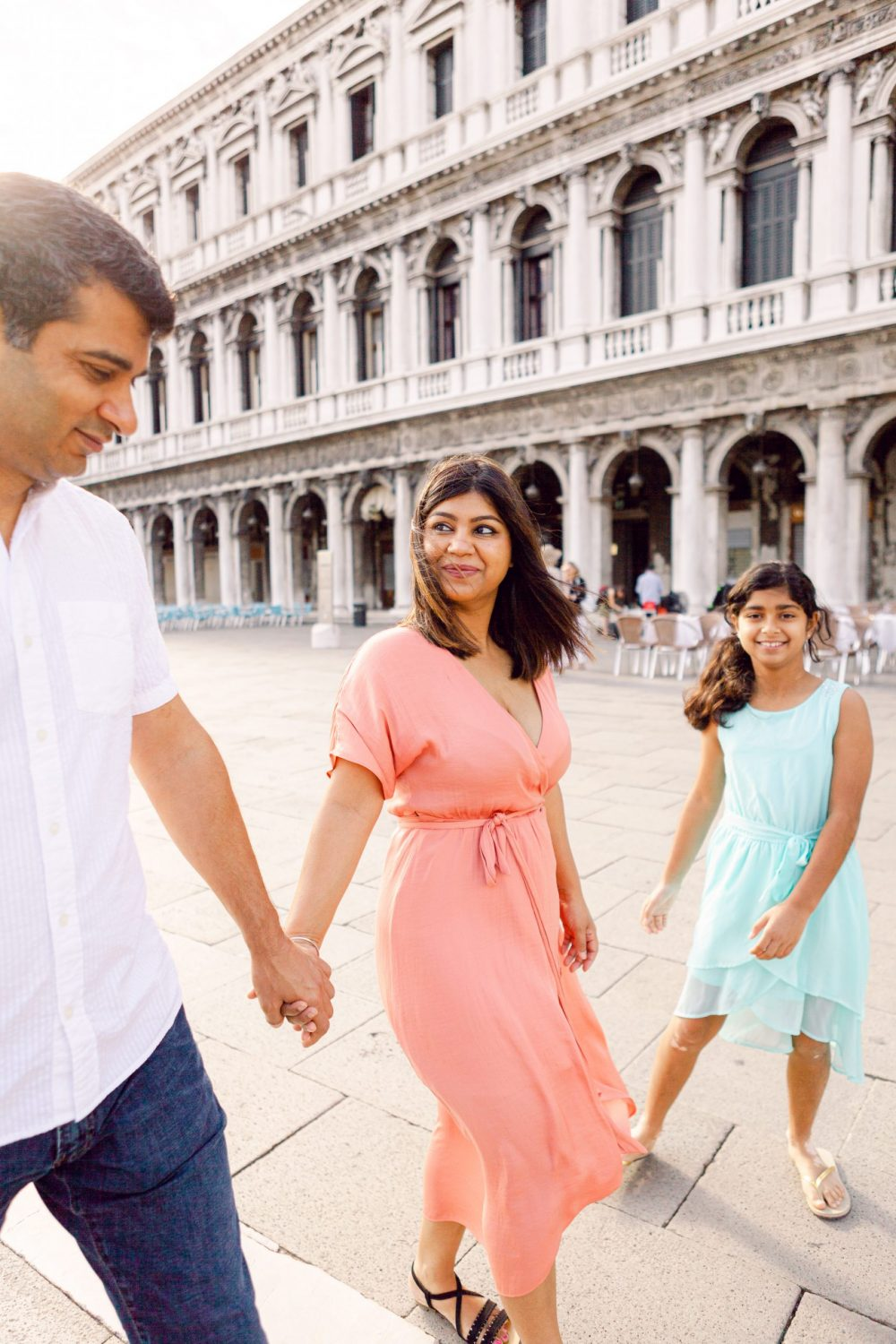 Family Photo Session in Venice, summer morning in Piazza San Marco