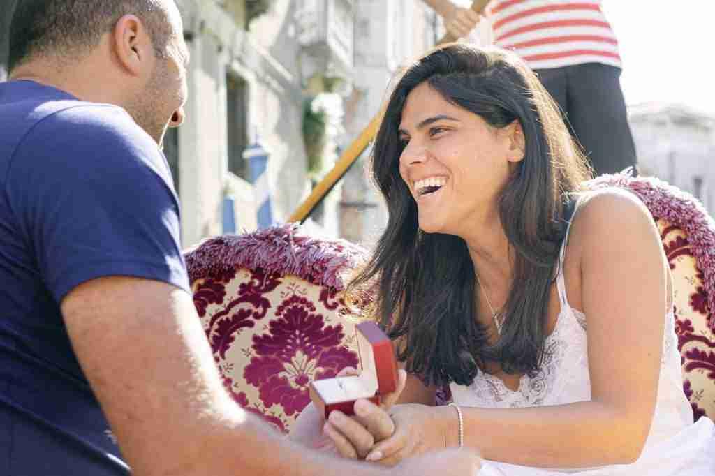 Marriage proposal engagement Venice photos video proposal gondola