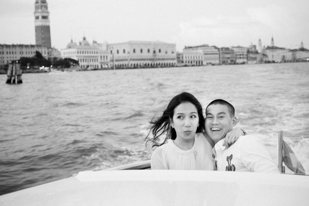 Honeymoon in Venice Elegant Couple Photos Summer Holiday in Italy