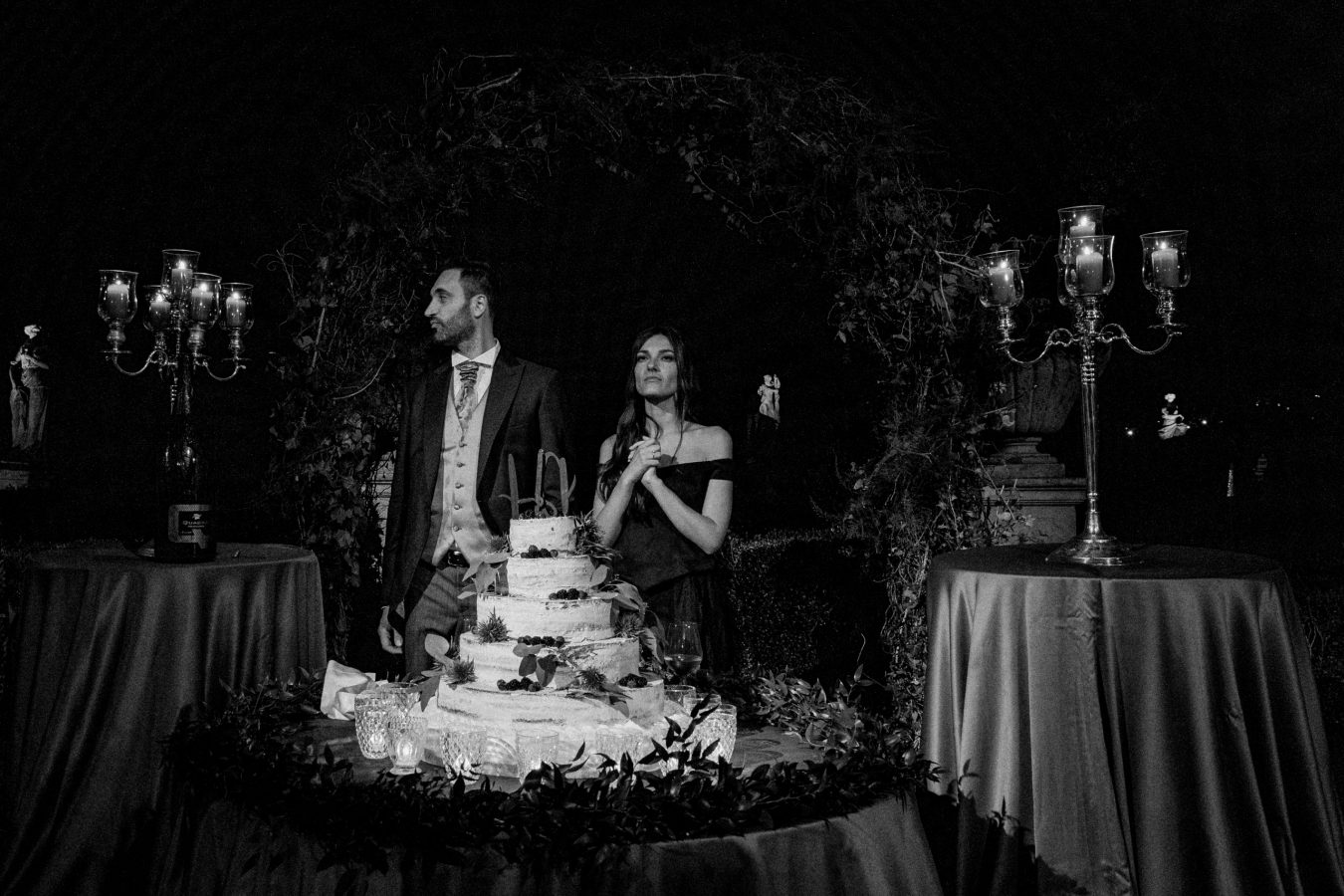 Cut of the cake Luxury Venetian villa wedding in the north of Italy Padova Hills